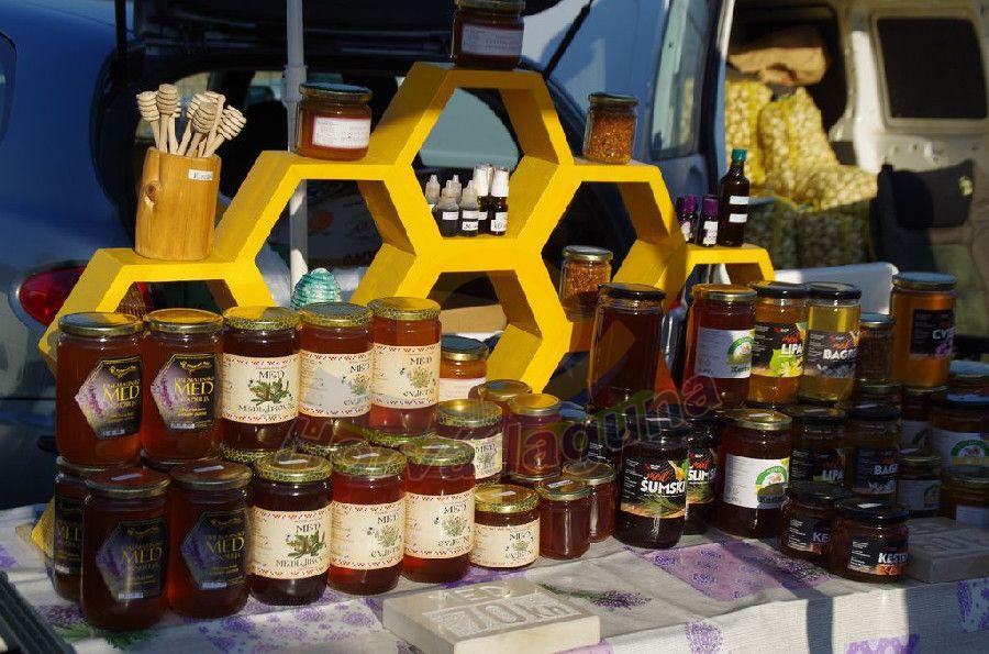 Benkovaci nagy piac