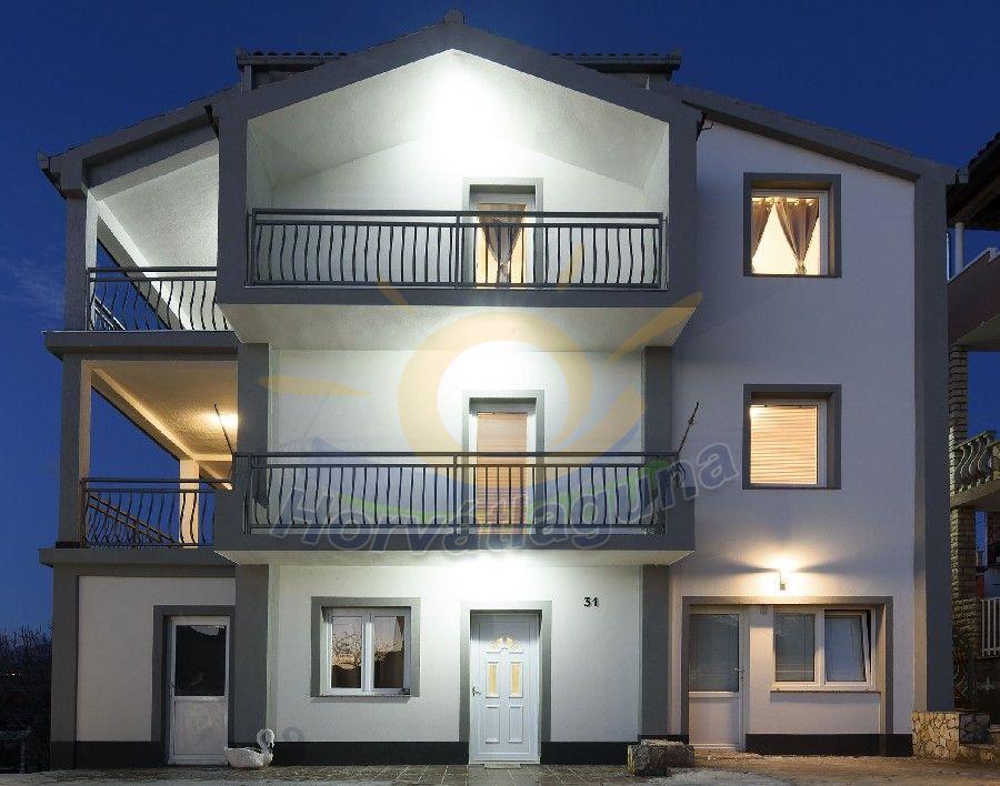 Ivan Luxory Apartmanház