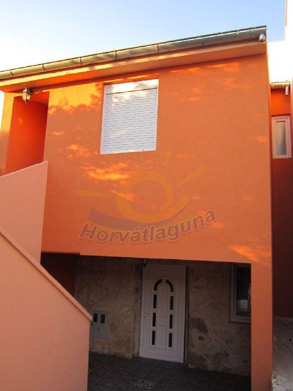 Laura ház 8+0 fős különálló ház