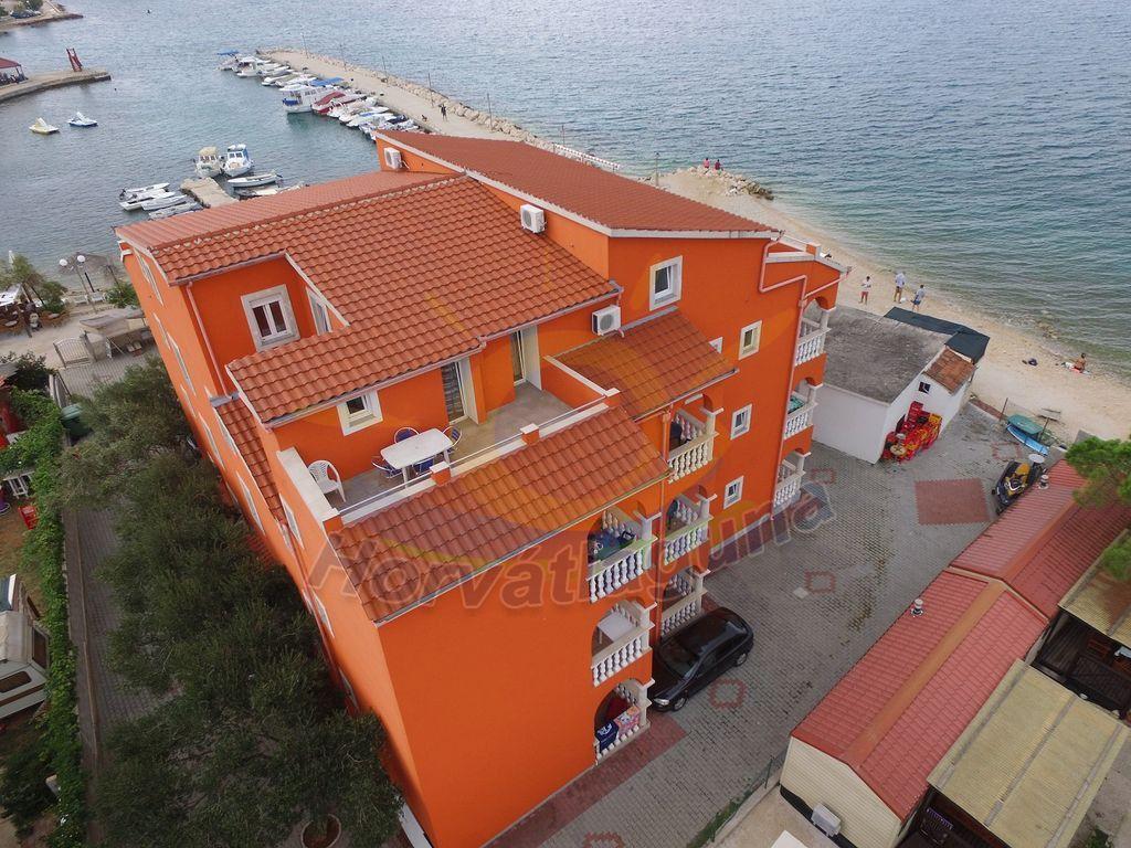 Roko ház Első emelet 4+1 fős apartman EK2